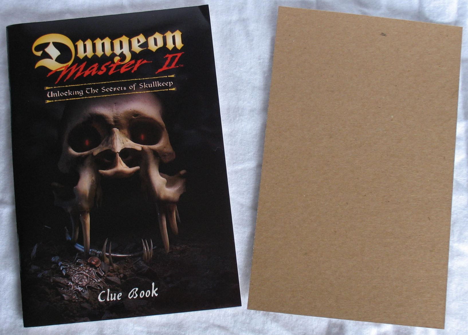 Hint Book - Dungeon Master II Clue Book - US - Cardboard - Front - Photo